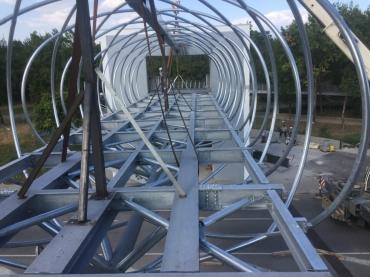 Изработка и монтаж на пешеходен мост
